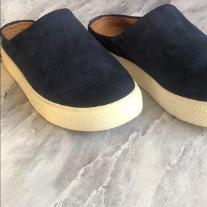 Caslon Shoes - CASLON Slides
